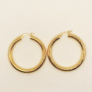 Jewelry - She Thick gold plated chunky hoops A large pair